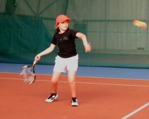 Apprendre le coup droit: exercice pour débutant au tennis!