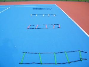 Exercices pour l'entraînement physique du joueur de tennis: jeu de jambes affûté !
